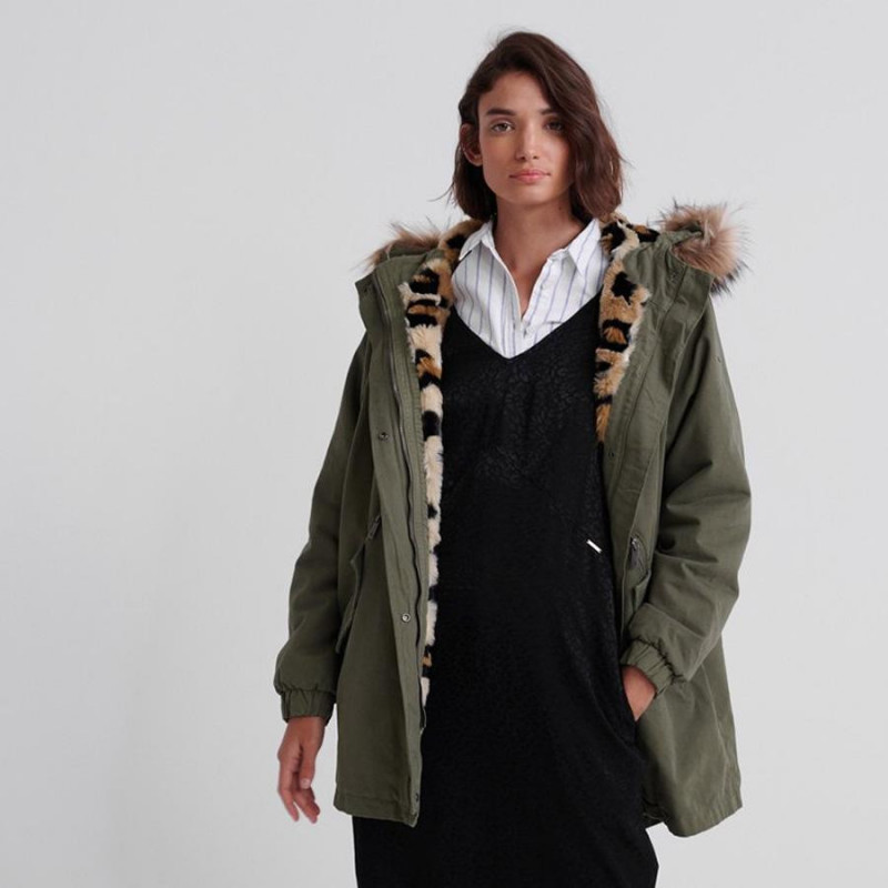 Image of Khaki LUCY ROOKIE PARKA W5000038A fra SuperDry (973791-B20)