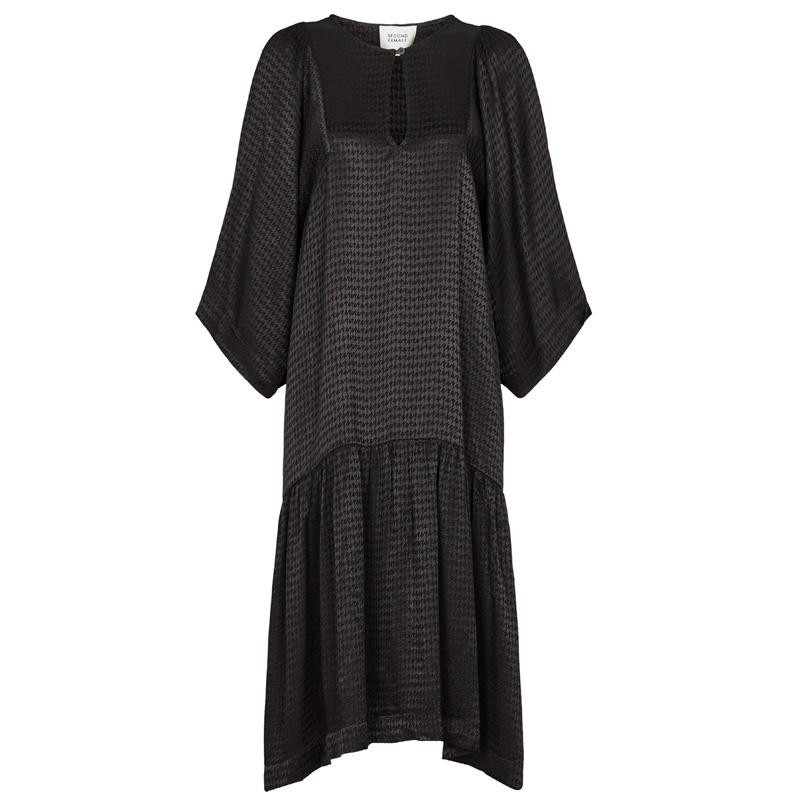 Image of   Black Beatrice SS Dress 5270880010056 fra Second Female