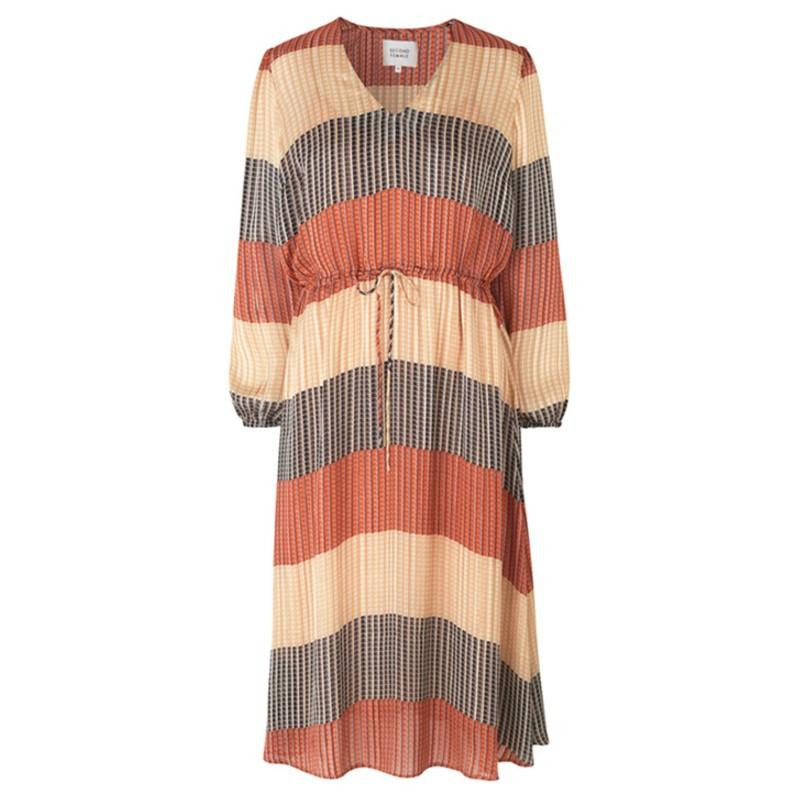 Image of   Apricot Brandy Board LS Midi Dress 53177 fra Second Female