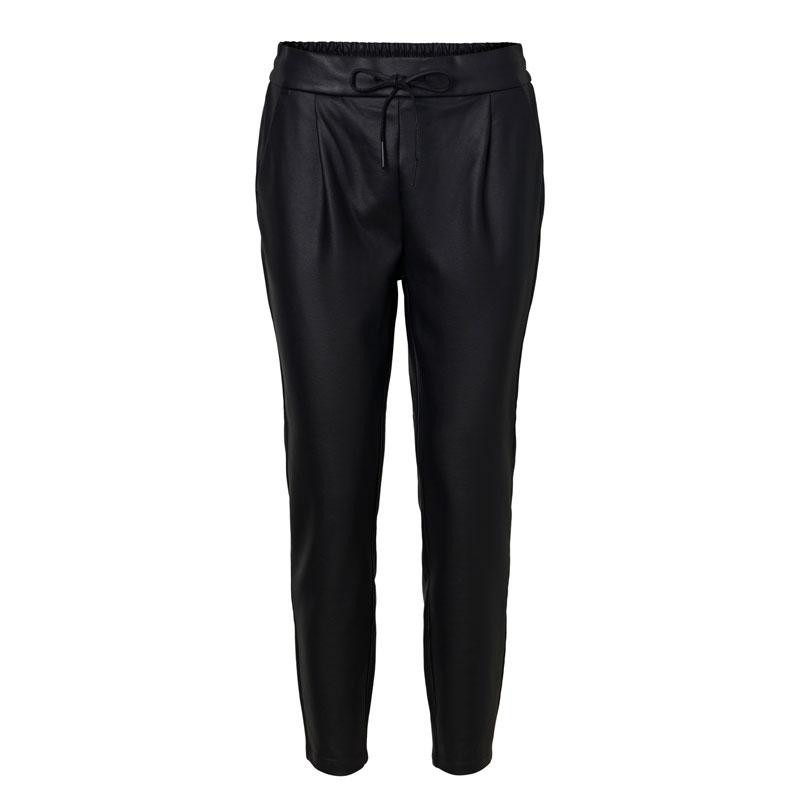 "Image of ""32 Black VMEVA COATED PANT NOOS 10205737 fra Vero Moda (144101-Q027)"
